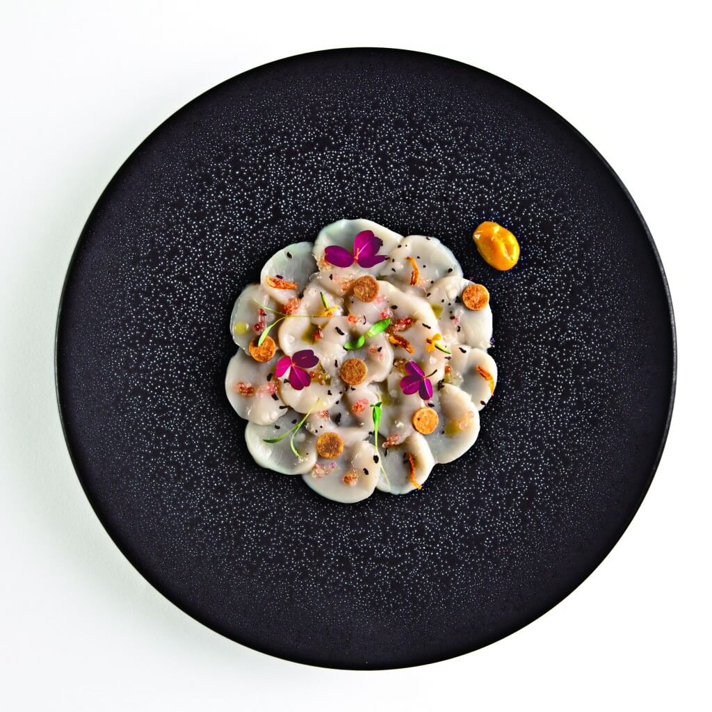 Carpaccio de saint-jacques : Citron caviar