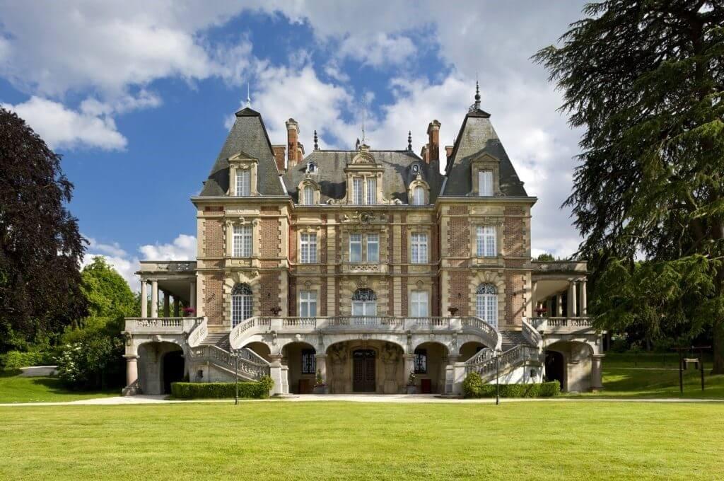 Un château parisien qui offre le meilleur de la ville et de la campagne